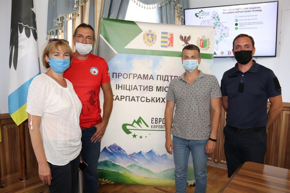 """Гірський рятувальний центр офіційно розпочинає впровадження проєкту """"Еко-щит Дністра"""""""