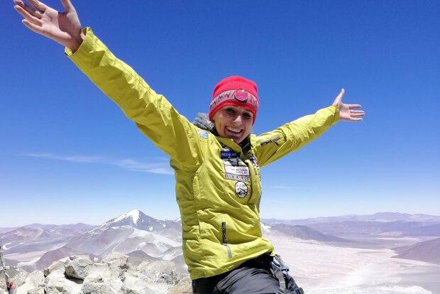 """Волонтерка ГО """"Гірський рятувальний центр"""" готується до сходження на найвищу вершину світу – гору Еверест"""