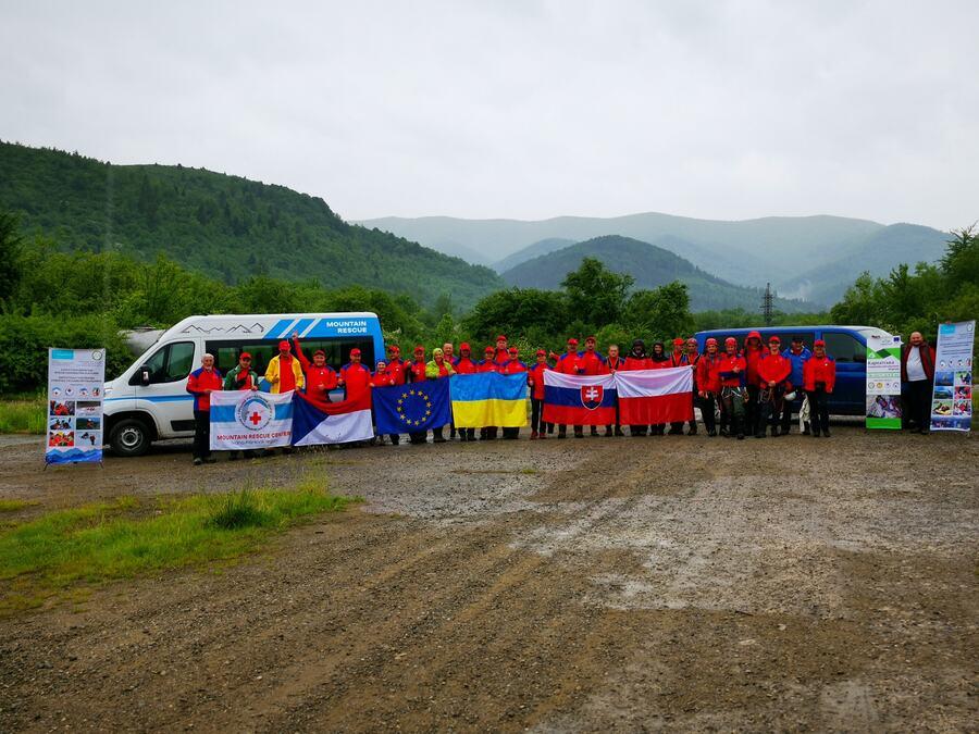 ЄС фінансує створення Карпатської пошуково-рятувальної мережі  задля безпеки та порятунку людей у Карпатах